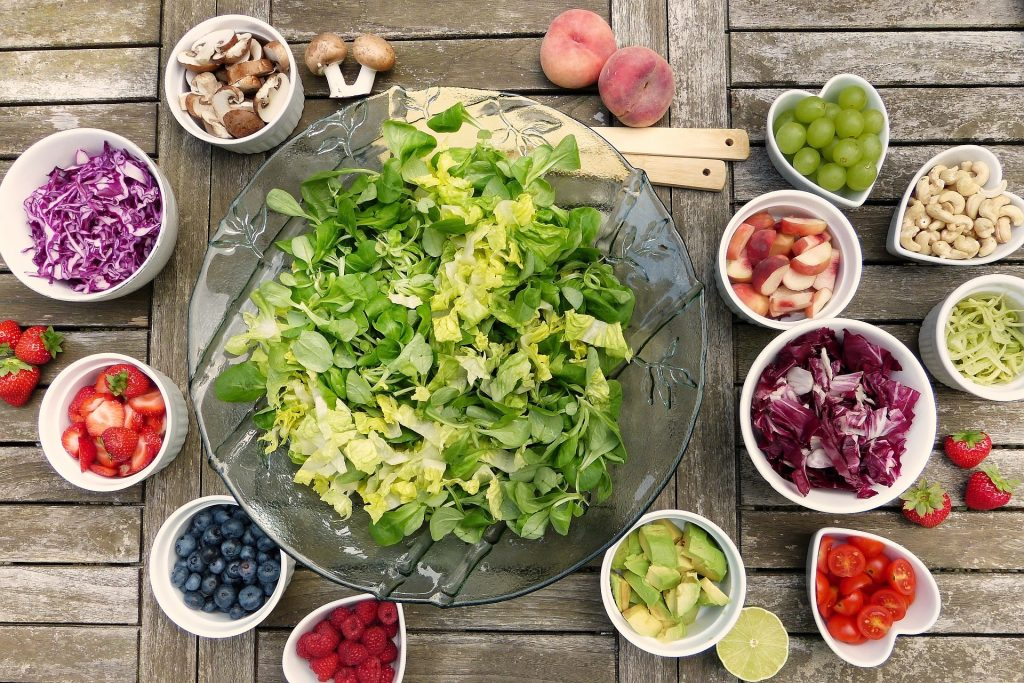 salad 2756467 1920 e1537788056851 - Vegetarisch op de menukaart