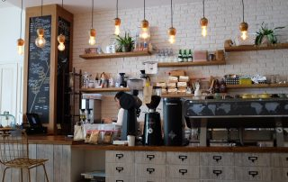 coffee shop 1209863 1920 320x202 - Duurzame inzetbaarheid - wat is dat eigenlijk?
