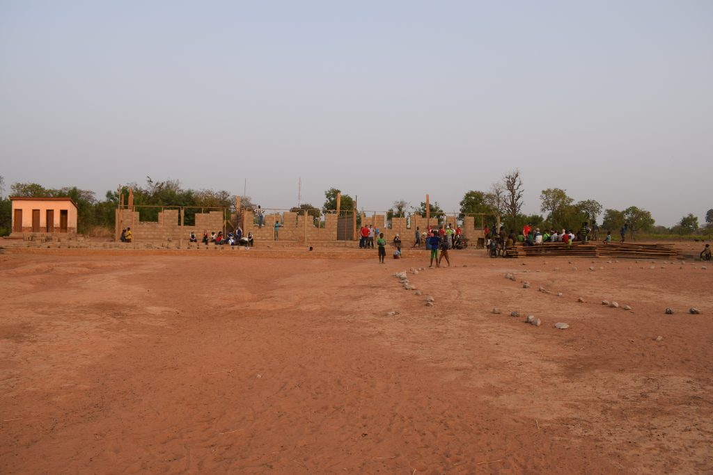 Schoolgebouw Start e1551949626401 - Naar school in Ghana