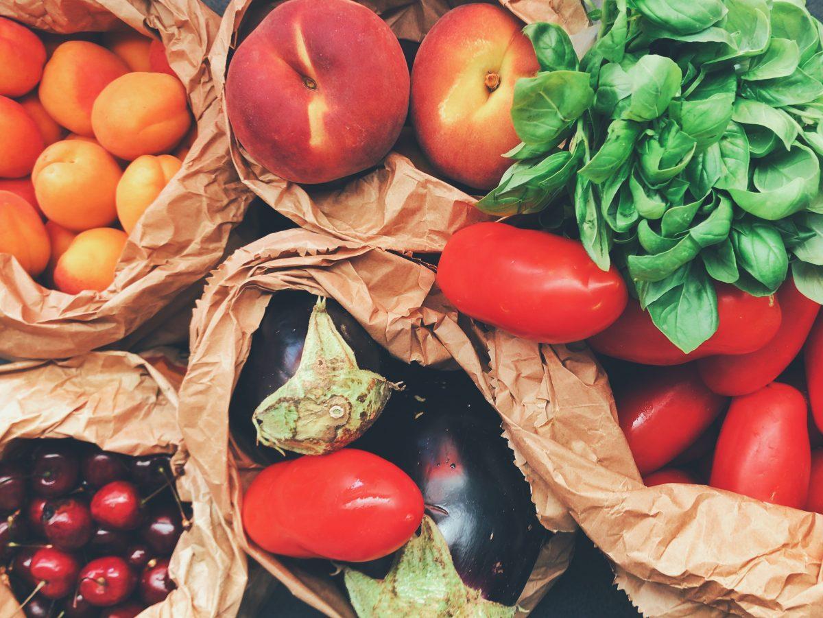 cherry food fresh 890507 e1554301621343 - Hoe verspil ik minder voedsel?