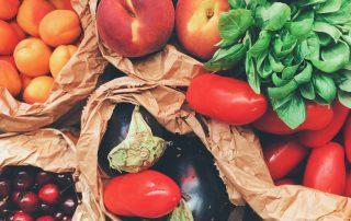 cherry food fresh 890507 320x202 - Hoe verspil ik minder voedsel?